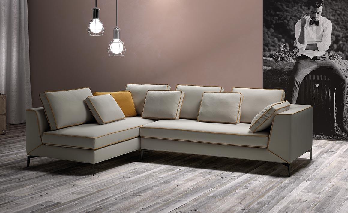 Sunny divano vendita online linearete 1 linearete srl for Divani convenienti
